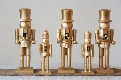 DIY Golden Nutcracker Holiday Mantel - The Sweetest Occasion