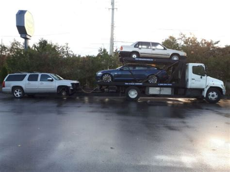 Big Mikes Towing & Equipment Hauling