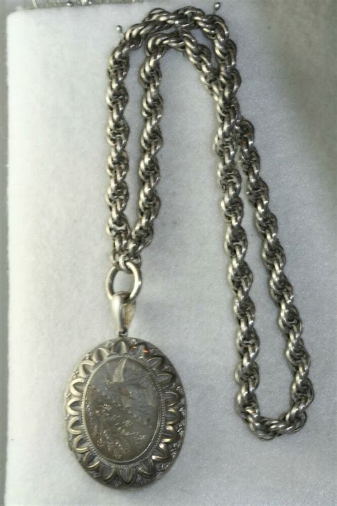 1880'S VICTORIAN ANTIQUE STERLING SILVER LARGE LOCKET ROPE